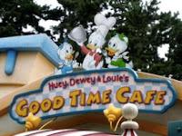 東京ディズニーランドで安いレストラン「ヒューイ・デューイ・ルーイのグッドタイム・カフェ」