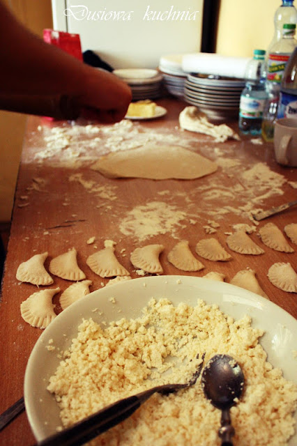 pierogi z serem, pierogi z twarogiem, przepis na pierogi