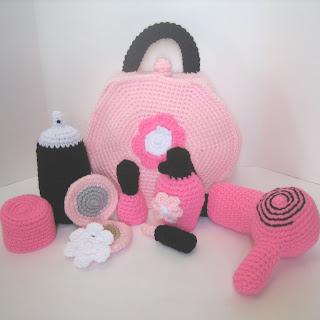 Crochet Toiletry Bag Pattern : CROCHET N PLAY DESIGNS: Pattern Update: Cosmetic Bag