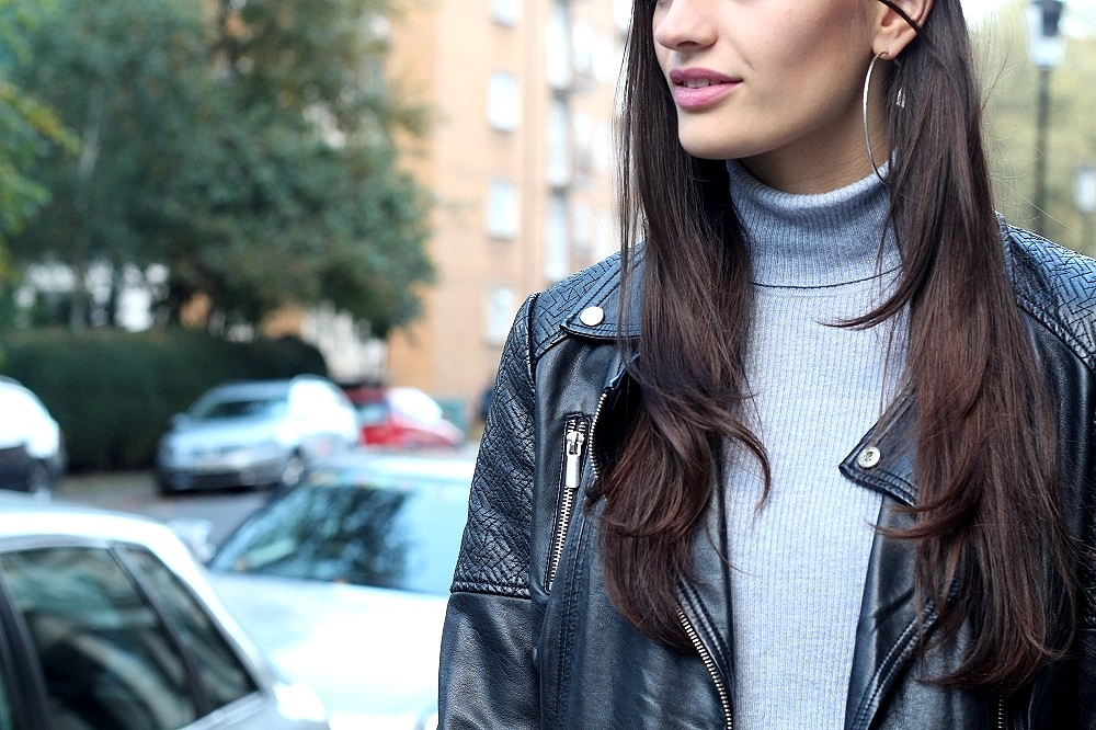 peexo fashion blogger wearing roll neck