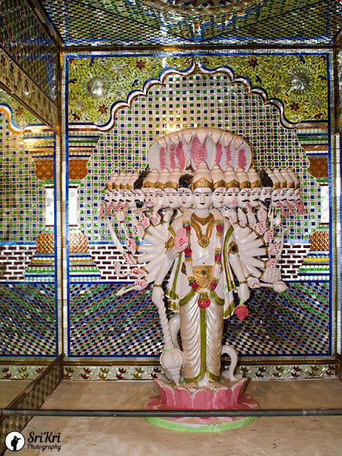 Vishwaroopa darshanam