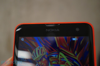 Nokia Lumia 625 review configuration details and design