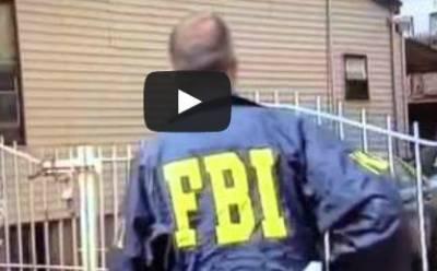 بالفيديو .. تصرف غبي لضابط أمريكي يجذب أكثر من 7 ملايين مشاهدة على يوتيوب  - الفيدرالية - fbi - officer
