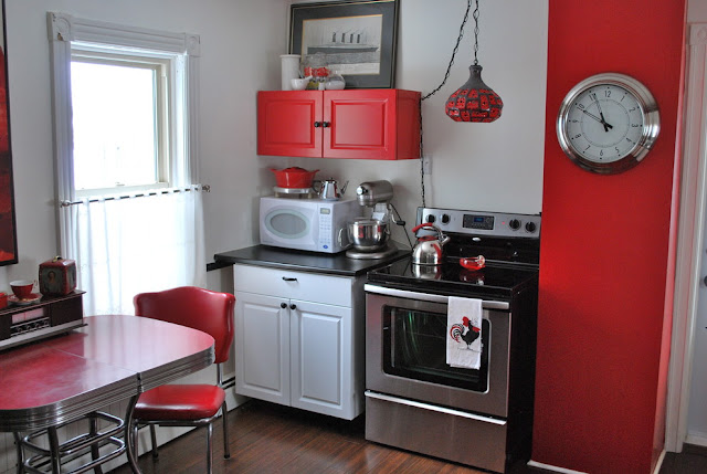 modern small kitchen ideas for small apartments | mini kitchen