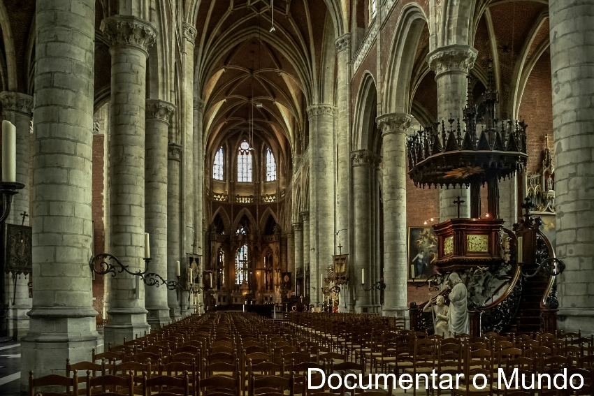 Igreja de São Miguel; Sint-Michielsbrug; Gent; Bélgica; Flandres