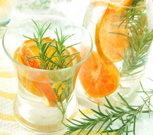 água saborizada com tangerina