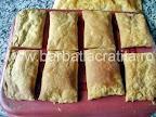 Cremsnit preparare reteta - foaia taiata scoasa din cuptor