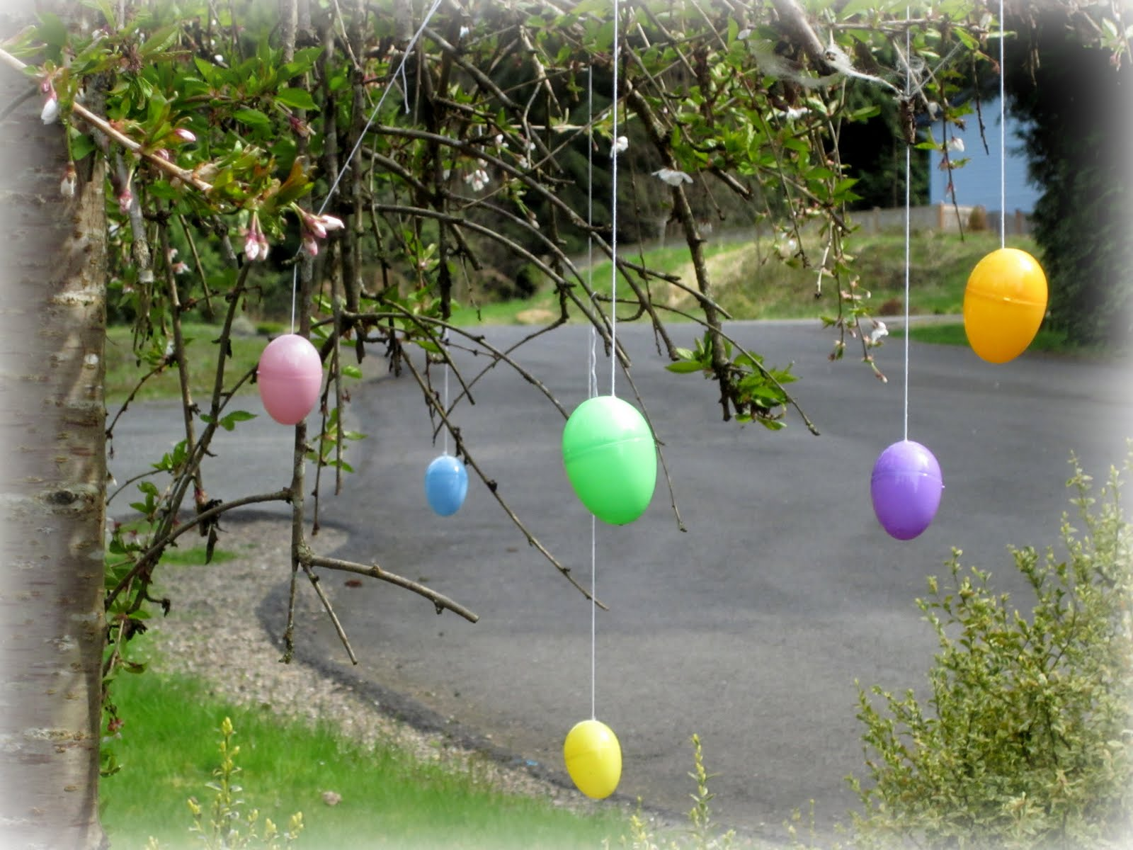 Easter decoration outdoor - Thoughts That Stick