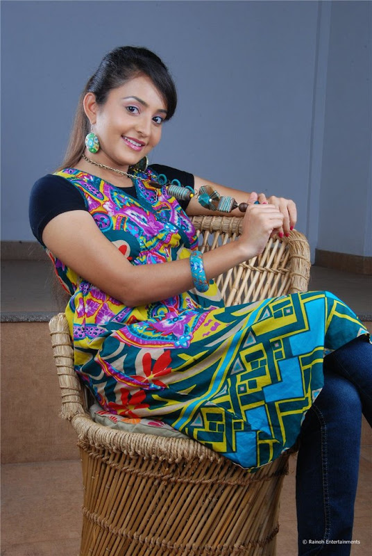Malayalam Actress Bhama Latest Cute Stills Images Gallery gallery pictures