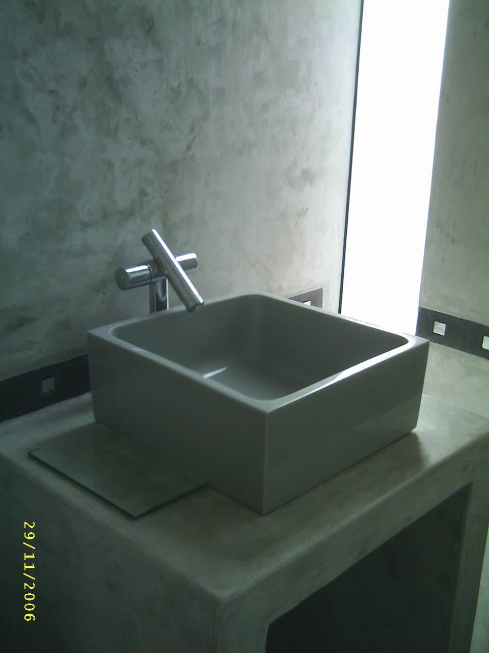 Tinas De Baño De Concreto:de cemento coloreado tina blanca paredes cemento pulido lavaderos de