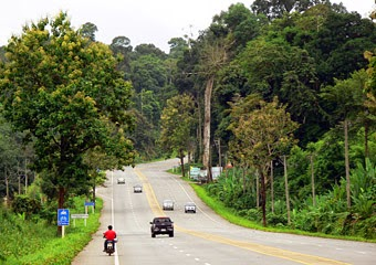 Road from Phuket to Krabi