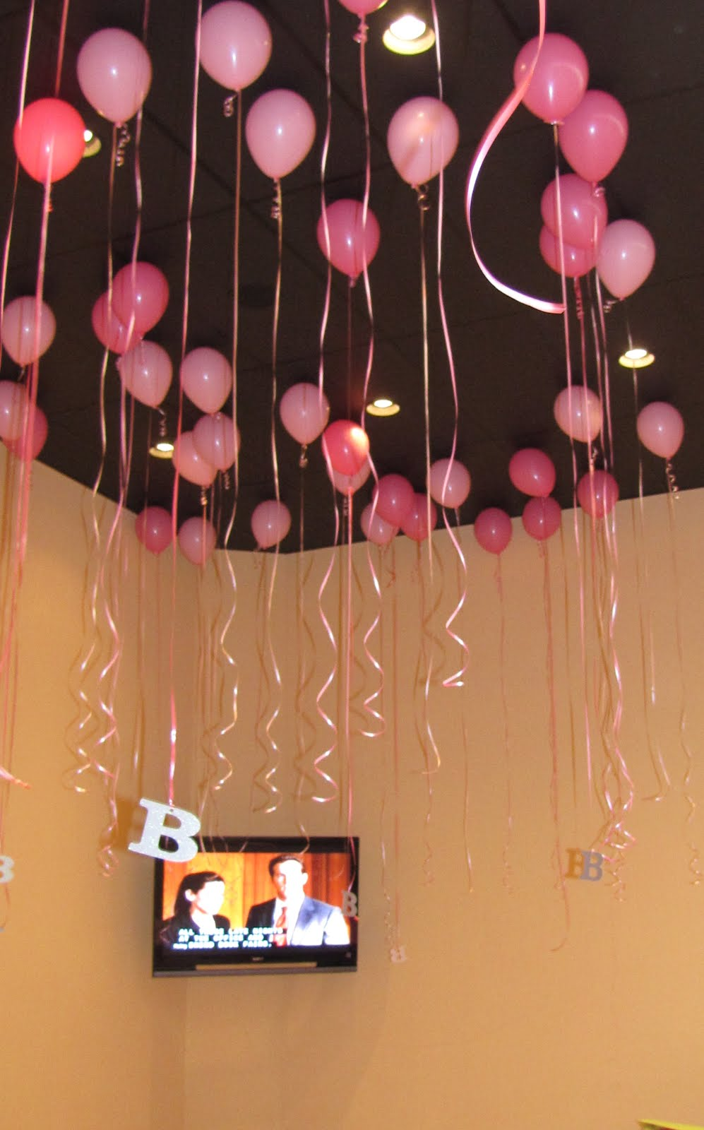 Party people event decorating company 30th surprise for Balloon decoration for ceiling
