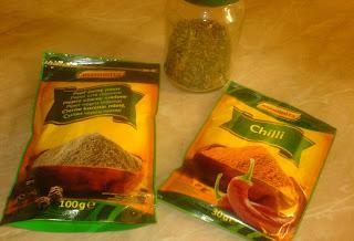 ingrediente pentru carnati de porc, retete culinare, preparate culinare, retete de craciun,