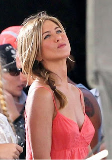 Celebrity hairstyles Jennifer Aniston, celebrity updo hairstyles, celebrity hairstyles, best celebrity hairstyles