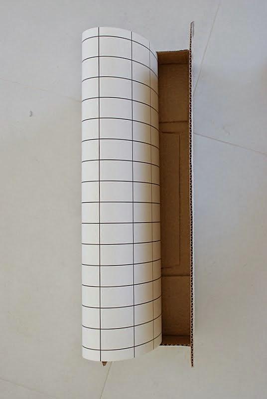 ferm living grid, mustavalkoinen tapetti, saunatupa