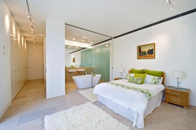 Banheiro Integrado ao Quarto! Veja modelos e dicas!  Decor Salteado  Blog d -> Banheiro Pequeno De Vidro Dentro Do Quarto