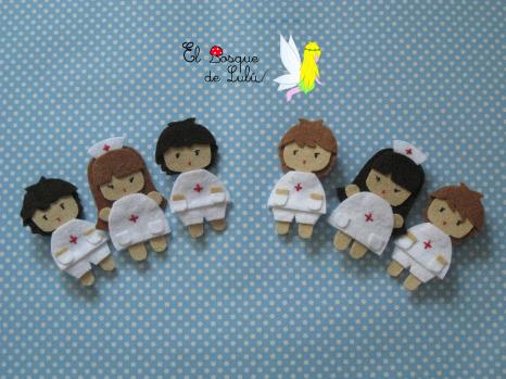 broche-fieltro-enferemero-enfermera-personalizables-regalo-graducación-estudiante-enfermería