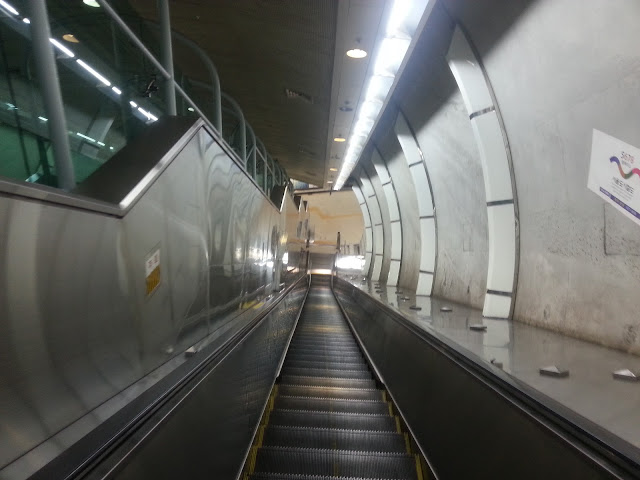 Jihachul has a lot of stairs and escalators