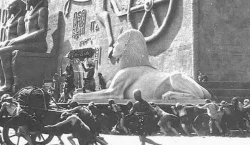 Giant Sphinx from 'Ten Commandments' Film Unearthed 91 Years Later