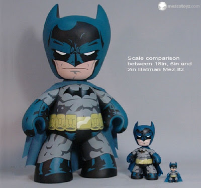 "San Diego Comic-Con 2011 Exclusive Batman 20"" Mega Scale Mez-Itz Vinyl Figure by Mezco Toyz"
