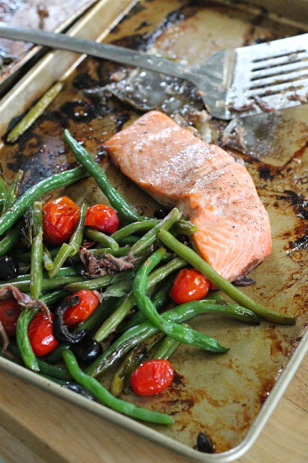 Baked Salmon With Green Beans And Tomatoes From Eatgood4life