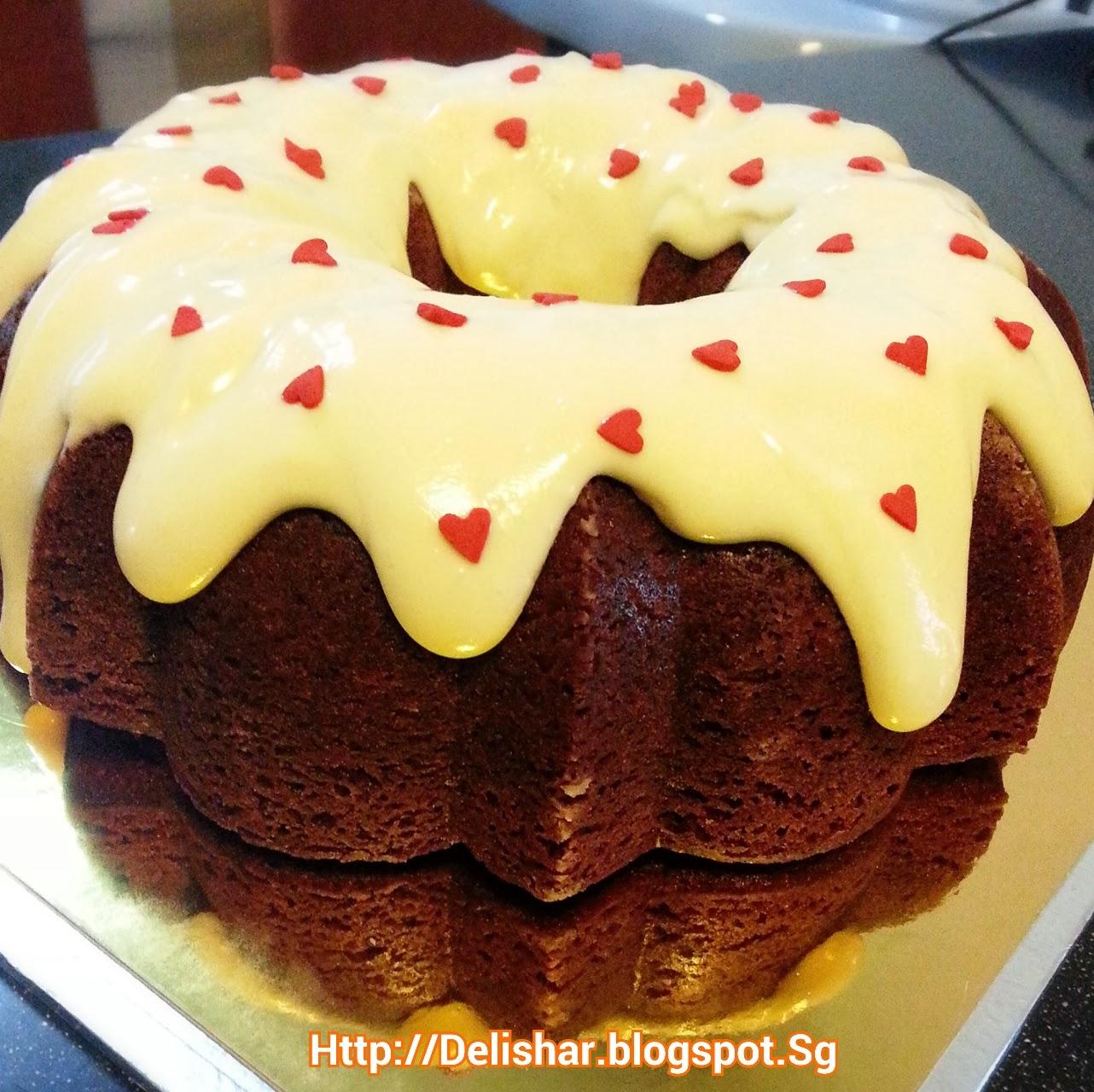 ... kitchen adventure : Red Velvet Bundt Cake with Cream Cheese Glaze