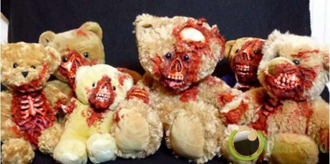 Para Teddy Zombie Berkumpul