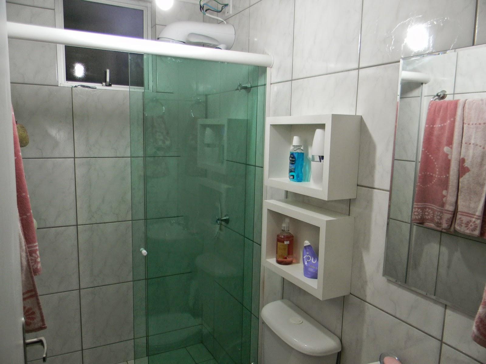 de R$ 100 00 e o espelho compramos na Leroy Merlim por R$ 99 00 #694841 1600x1200 Azulejo Banheiro Leroy