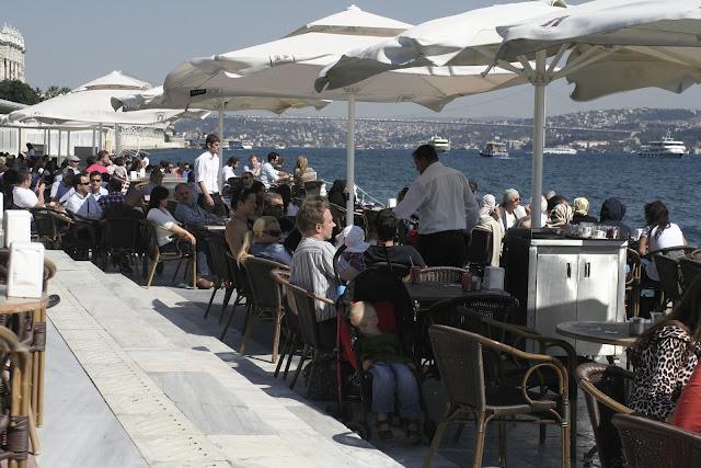 Dolmabahçe Cafe.