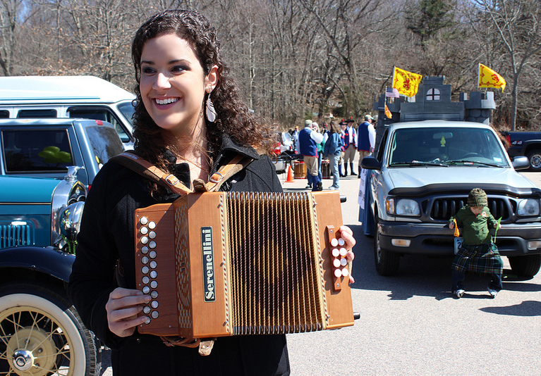 Accordion at Mysitc Irish Parade