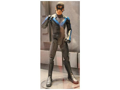 MAT13563 New Batman Legacy figures available for preoder