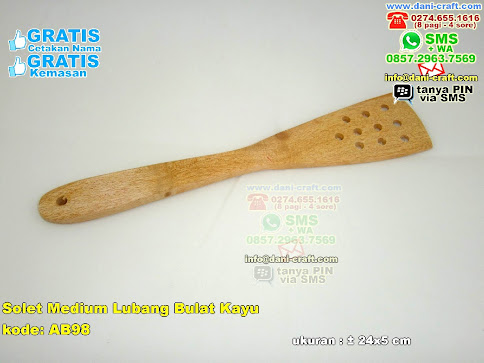 Solet Kayu Berlubang Medium