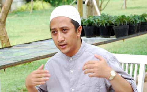 Tulisan Ust. Yusuf Mansur Tentang 'KIAMAT' Yang Bikin Lho Supaya Sadar!!!-Redaksi Terbaru