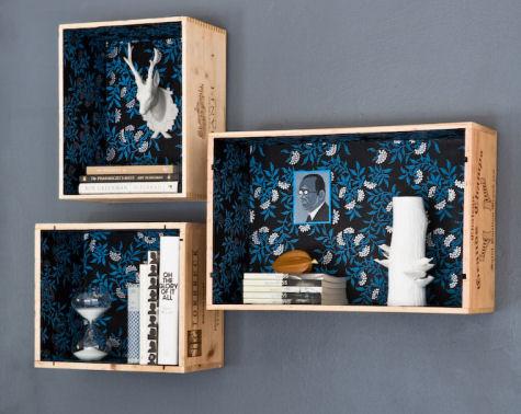reciclar-decorar-caixas-madeira-prateleiras-papel-parede