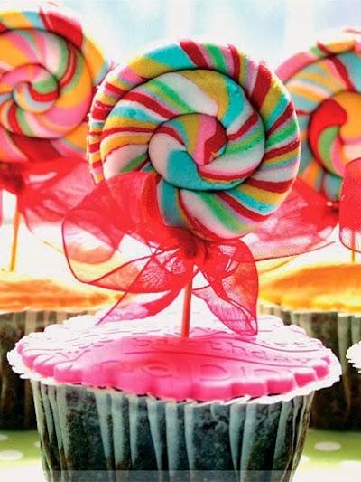 Şekerli Çikolatalı Cupcake