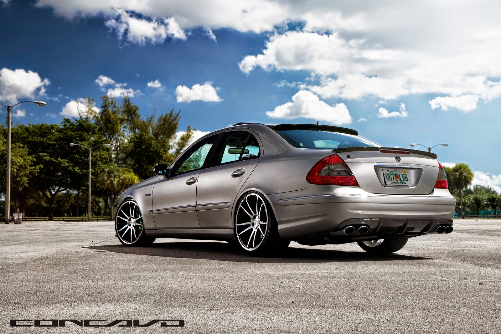 Mercedes benz w211 e500 on concavo cw 5s benztuning for Mercedes benz wheel