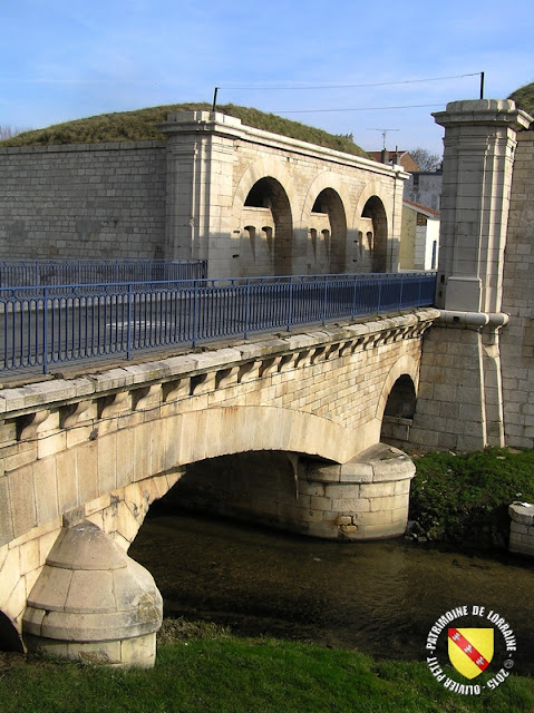 TOUL (54) - Remparts Vauban