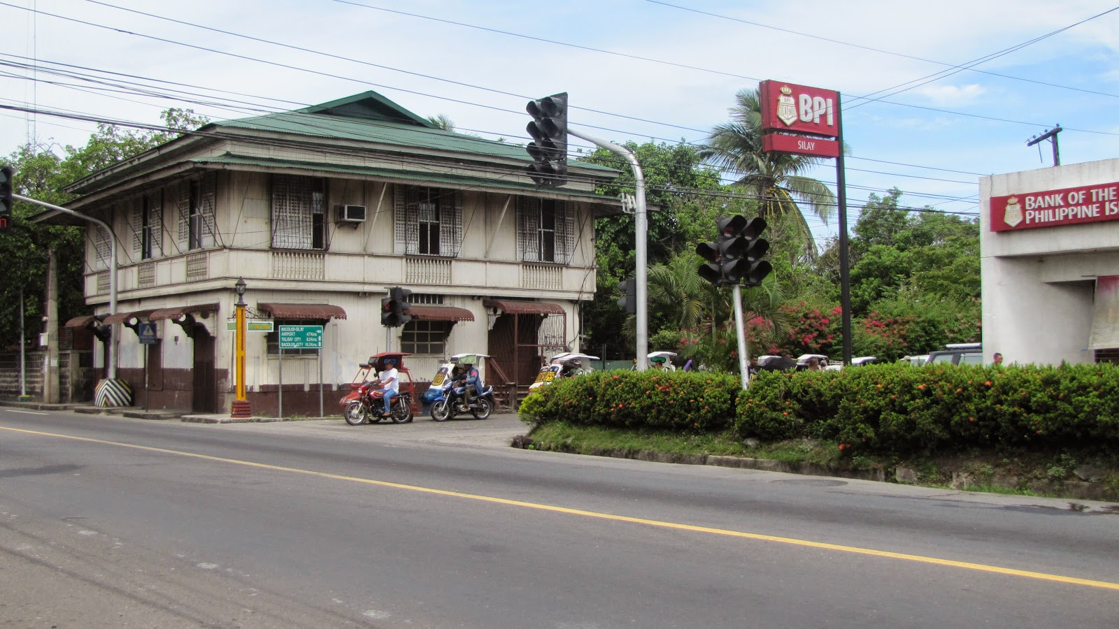 Silay City landmark, BPI Silay City, Bacolod, Heritage Houses FTW! Travels