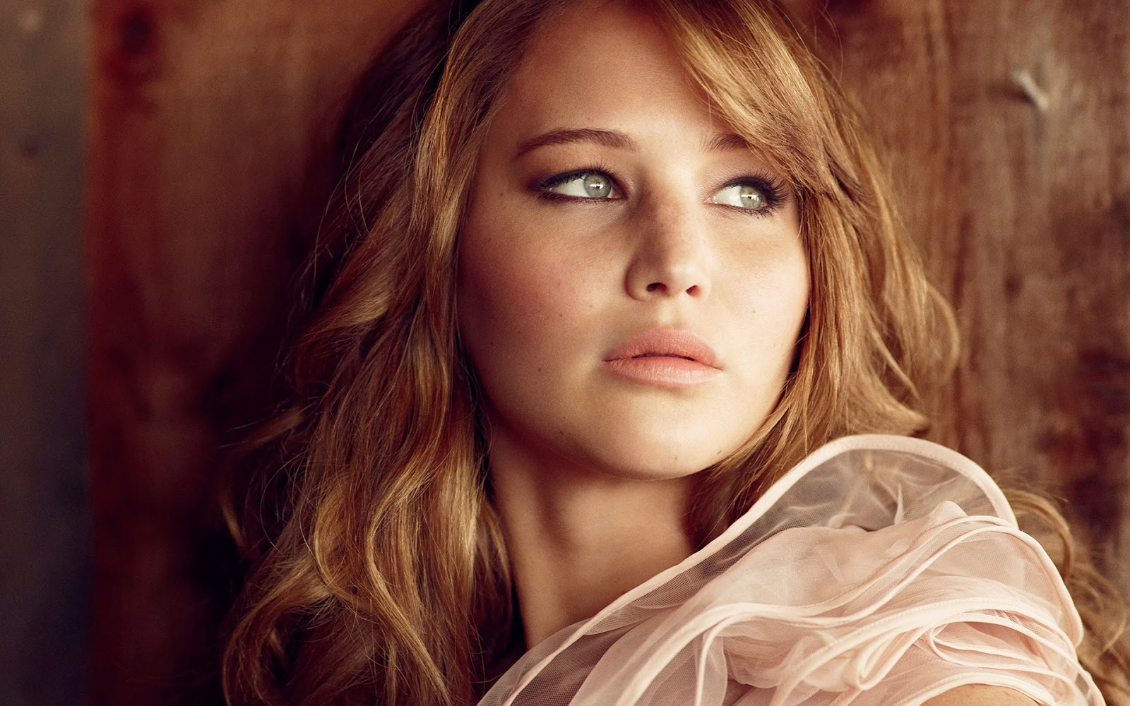 Jennifer Lawrence During Photo Shoot