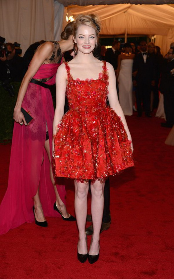 Hot Dresses For You: Emma Stone wear red prom dress at the 2012 Met Gala
