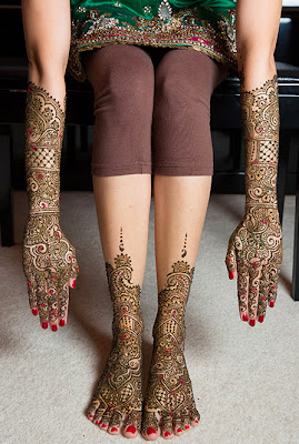 Mehndi on Bridal Hands & Feet