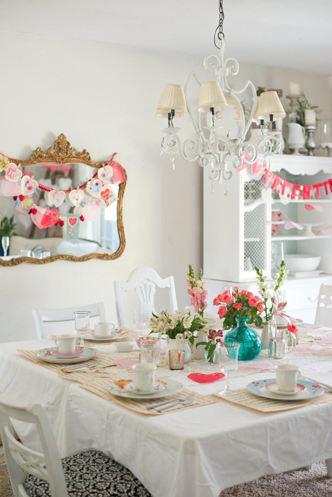 ... While Still Having A Centerpiece, I Brought In A Folding Table And Put  It Up Against Our Dining Table And Then Covered Them With White Tablecloths.