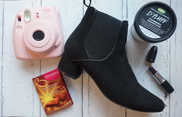 asos chelsea boots, bourjois, fuji film instax mini 8, hannah rose, lush, lush cosmetics, mac lipstick media, monthly favourites, november favourites,