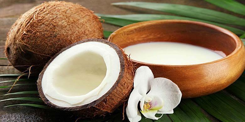 cara mengatasi rambut rontok dengan santan kelapa