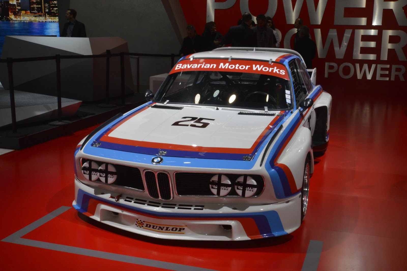 BMW-CSL-4.jpg