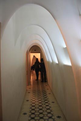 Parabolic arches in Casa Batlló