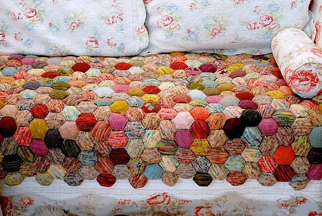 Beekeeper S Quilt Knitting Patterns : Pro portionally designed free charts for tiny owl knits