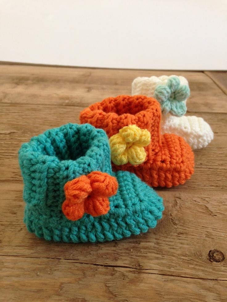 Crochet Tutorial For Baby Booties : babylaarsjes haken- tutorial / crochet baby booties ...