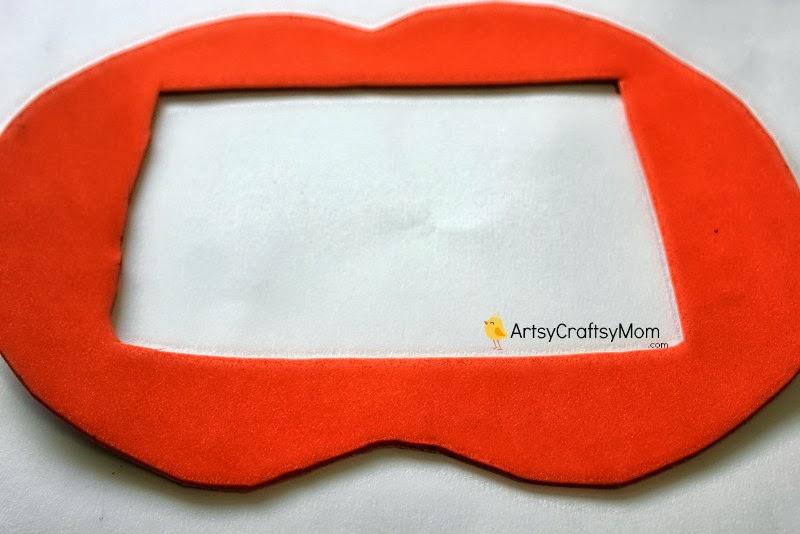 pumpkin foam photoframe