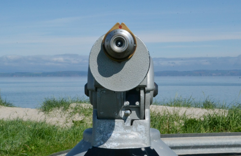 beach viewfinder telescope